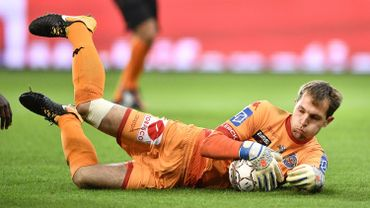 Le gardien d'Anderlecht Davy Roef encore prêté un an à Waasland-Beveren