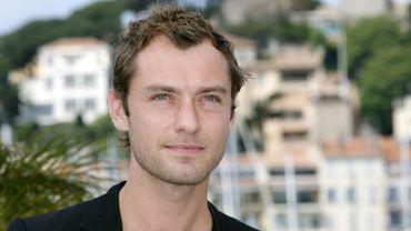 """Jude Law va incarner Dumbledore dans """"Les animaux fantastiques"""""""