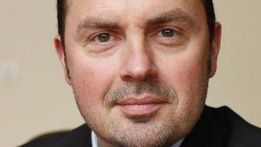 Conseiller communal et président du CPAS, Christophe Magdalijns hérite aujourd'hui des rênes de la commune.