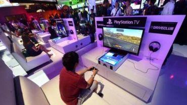 Des pirates prétendent avoir attaqué les réseaux de Xbox Live et de PlayStation Network