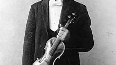 Ottorino Respighi, jeune homme