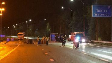 Camion accidenté à Wauthier-Braine: le ring est rouvert dans les deux sens