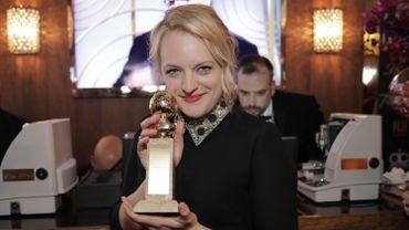 """Elisabeth Moss récompensée d'un Golden Globe pour son rôle dans la série """"The Handmaid's Tale"""""""