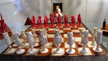 France: un grand maître d'échecs pris en flagrant délit de triche dans les toilettes