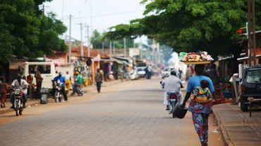"""Bénin: un journaliste d'investigation condamné à six mois ferme pour """"harcèlement"""""""
