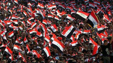 Les partisans du chef chiite Moqtada Sadr, manifestent place Tahrir, à Bagdad