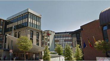 Le service maxillo-facial de la clinique Sainte-Elisabeth à Namur, au secours du petit Hugoun
