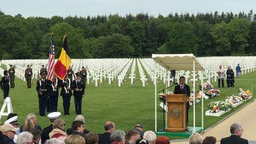 Un petit millier de personnes pour rendre hommage aux soldats tués durant la seconde guerre mondiale