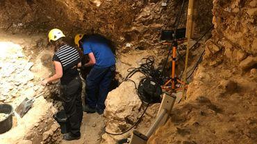 Des archéologues fouillent en permanence le site. Et il reste du boulot pour au moins 20 mille ans, plaisantent-ils.