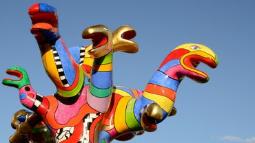 L'excentrique et burlesque plasticienne Niki de Saint Phalle est mise à l'honneur au BAM (Beaux-Arts Mons)