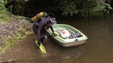 Han-sur-Lesse: des archéologues font de la plongée