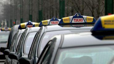 Coronavirus: les chauffeurs de taxis bruxellois demandent l'arrêt de leurs activités