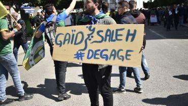 Algérie: le chef d'état-major appelle au respect du calendrier de la présidentielle
