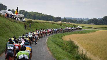 Trois cyclistes fauchés lors du Grand Prix Alfred Gadenne dans le Tournaisis: l'un est dans un état critique