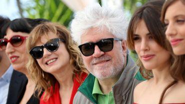 """Pedro Almodovar et les actrices de """"Julieta"""" à Cannes en mai 2016"""