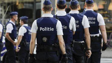 Quatre policiers sur dix ne parleraient pas néerlandais à Bruxelles