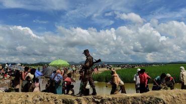 Près de 700.000 Rohingyas ont dû fuir au Bangladesh, où ils vivent dans des camps de réfugiés, selon l'ONG.