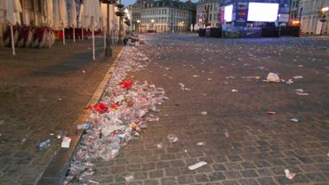 """Les Villes mettent en place des dispositifs """"nettoyage"""" dont le coût s'élève parfois à plus de 10.000 euros."""