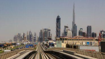 L'annonce de ces nominations marquent une révolution pour les Emirats, riche fédération pétrolière du Golfe, qui comprend sept émirats, conduits par Abou Dhabi et Dubaï.