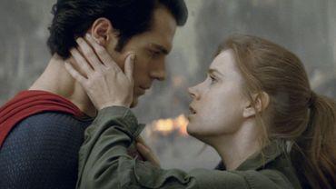"""Henry Cavill et Amy Adams incarnent Superman et Lois Lane dans """"Man of Steel"""""""