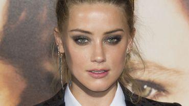 Amber Heard camperait le rôle de Mera, l'amante d'Aquaman, et éventuellement la reine d'Atlantis.