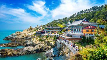Temple bouddhiste de Busan, en Corée du Sud. La ville Busan prend la tête du classement Lonely Planet des 10 destinations asiatiques de 2018.