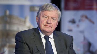Jean-Claude Marcourt estime que la fédération liégeoise du PS n'est pas sous pression, car elle souhaite elle aussi une évolution collective des règles de cumul de fonctions.
