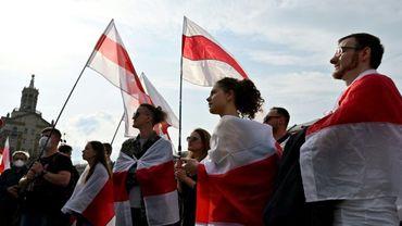Tensions au Bélarus: Prague, Sofia et Bratislava rappellent aussi leurs ambassadeurs