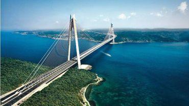 Le bureau d'ingénieurs liégeois Greish inaugure un pont suspendu sur le Bosphore.