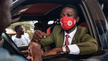 Ouganda: l'opposant Bobi Wine arrêté lors d'un raid contre les locaux de son parti