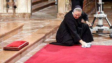 """Pour l'ex-présidente irlandaise, le Vatican est """"l'un des derniers grands bastions de la misogynie"""""""