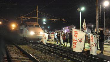 Le TGV Lyon-Turin: manifestation d'opposants à Avigliana (Pïémont)