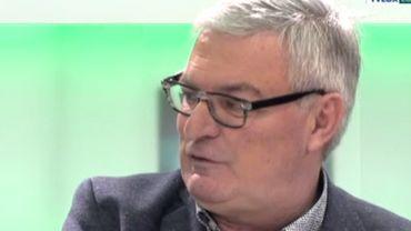 """""""Cent ans de foot en Province de Luxembourg"""", c'est le titre du nouvel ouvrage de Francis Collin."""