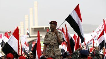 """Yémen: le président condamné à mort pour """"trahison"""" par un tribunal rebelle"""
