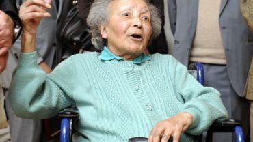 """Augusta Chiwy,"""" l'Ange oublié de Bastogne"""" lors de sa décoration en 2011."""