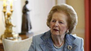 Margaret Thatcher, atteinte de dégénérescence sénile, n'apparaît plus en public depuis des années.