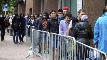 """""""Malgré le temps qui passe l'afflux demeure une réalité qu'il ne faut pas oublier"""", selon la Coordination des sans-papiers de Belgique"""