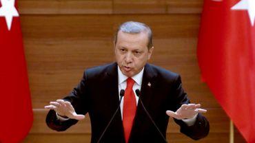 """Pétition pour la paix: ces intellectuels paieront le """"prix"""" de leur """"trahison"""", menace Erdogan"""