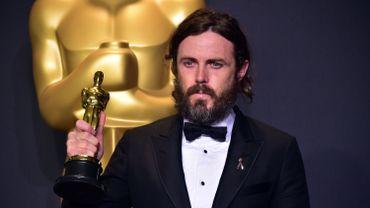 """Casey Affleck a remporté l'Oscar du meilleur acteur pour son interprétation d'un homme accablé par le deuil et la culpabilité dans le film """"Manchester by the Sea"""""""