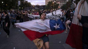 Chili: le couvre-feu à Santiago en vigueur depuis une semaine est suspendu