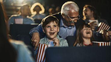 """Aux termes d'une loi de 1920 toujours d'application, l'accès aux salles de cinéma est en principe interdit aux mineurs de moins de 16 ans, sauf pour les films ayant obtenu le visa """"enfants admis"""", décerné par une commission de contrôle."""