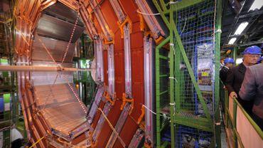Le LHC ''Large Hadron Collider'' le plus grand accélérateur de particules du monde au CERN à Genève