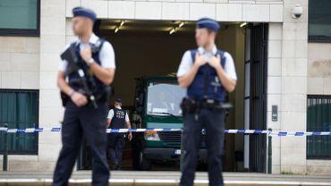 Attentats à Bruxelles: un couple interpellé à Laeken