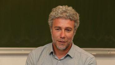 Alain Maron sur la sellette au Parlement bruxellois