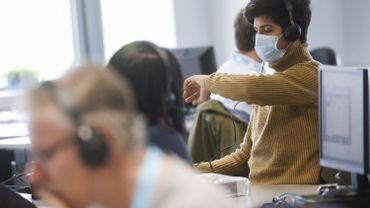Face à l'augmentation de cas de coronavirus, des centaines d'agents de traçage engagés en Wallonie et à Bruxelles