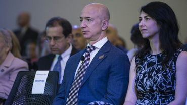 Avec les milliards d'Amazon, l'ex-femme de Jeff Bezos secoue le monde de la philanthropie.