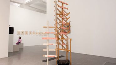 """L'oeuvre """"Quand des gouttes d'eau commencent à tomber du plafond"""", de Martin Kippenberger, a été involontairement détruite par une femme de ménage zélée"""