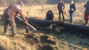 Début des travaux en douceur : construction d'une barrière pour protéger la faune