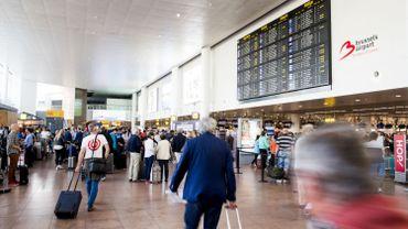 Une Danoise portant un niqab se voit refuser l'accès au territoire à Brussels Airport