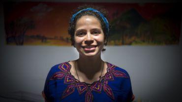 La jeune étudiante belgo-nicaraguayenne Amaya Coppens pose pour une photo à Esteli, au nord de Managua, le 6 juin 2019. Le 19 novembre 2019, l'UE a critiqué le gouvernement nicaraguayen, le président Daniel Ortega, d'avoir assiégé une église abritant des grévistes de l'opposition et des grévistes. arrêté plus d'une douzaine de leurs partisans, y compris Amaya Coppens, leader étudiante née en Belgique.